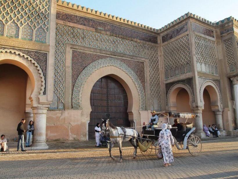 Meknes-bab-mansour-lejournaldemaman-min-1024×768